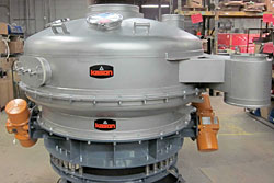 Low-Profile Pressure Sifter